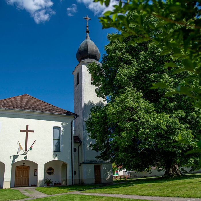 nagybajomi Katolikus templom